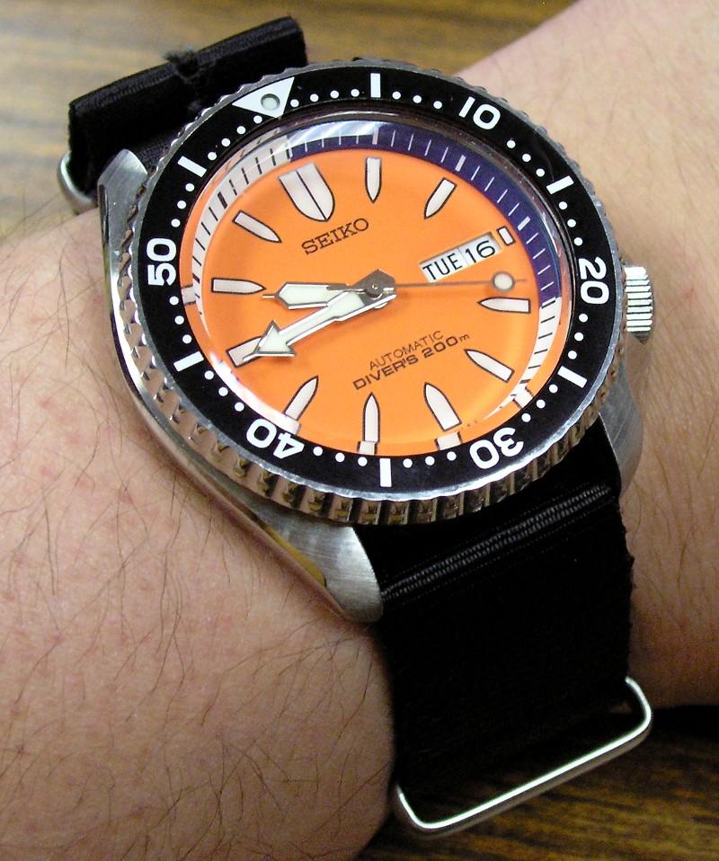 Skxa55k1 orange bullet watches at - Orange dive watch ...