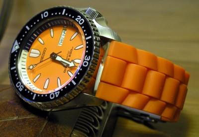 orange_bullet_on_orange
