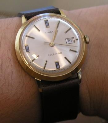 timex_gold_one_wrist