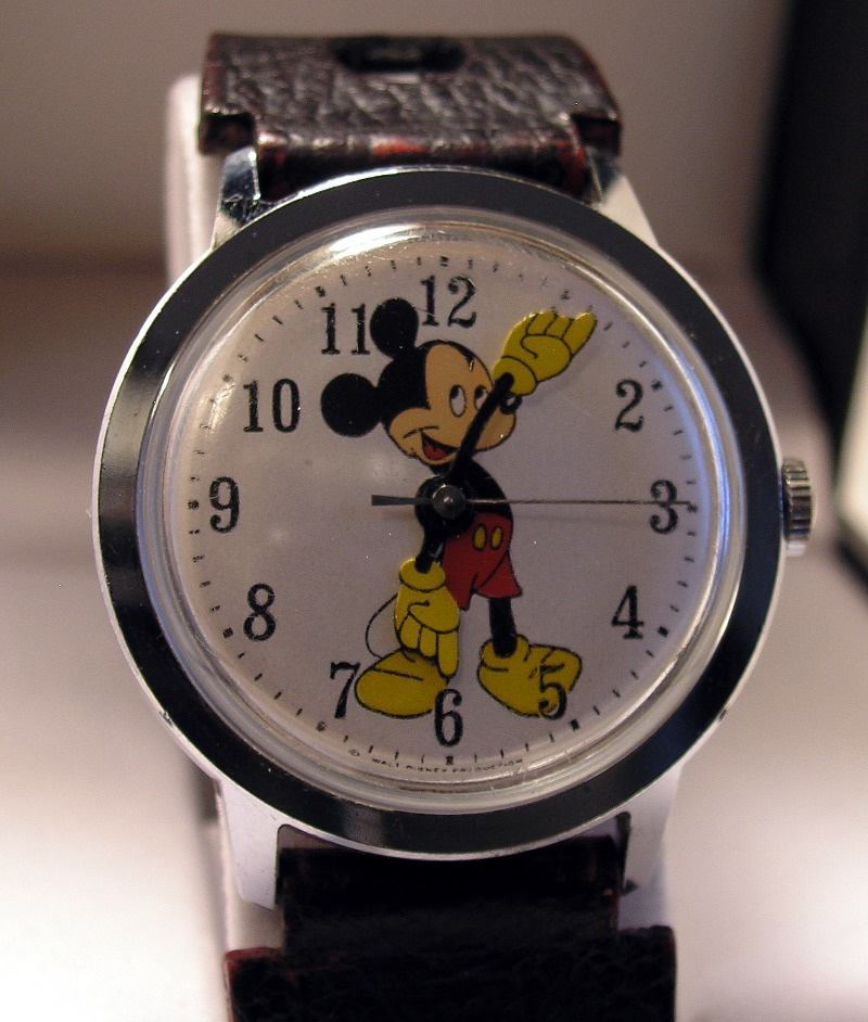 Mickey Mouse Watch Value >> Watch Review Timex Mickey Mouse Vintage 1971 Watches At
